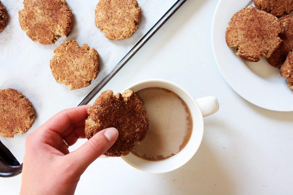 low-carb-snickerdoodle-cookies-and-cup-of-coffee