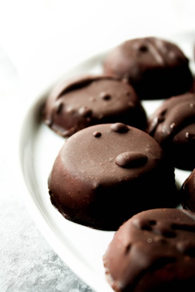 dark-chocolate-peppermint-patty-fat-bombs