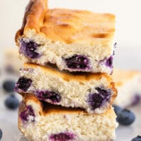 Low-Carb Blueberry Cheesecake Bars