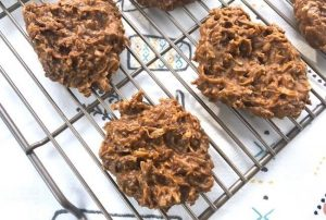 keto no bake cookies on a cooling rack
