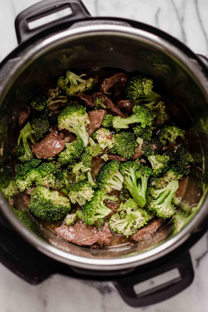 beef and broccoli cooked in an instant pot