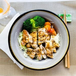 Bowl with teriyaki chicken and veggies