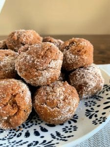 easy keto pumpkin spice almond flour muffin minis piled on a plate