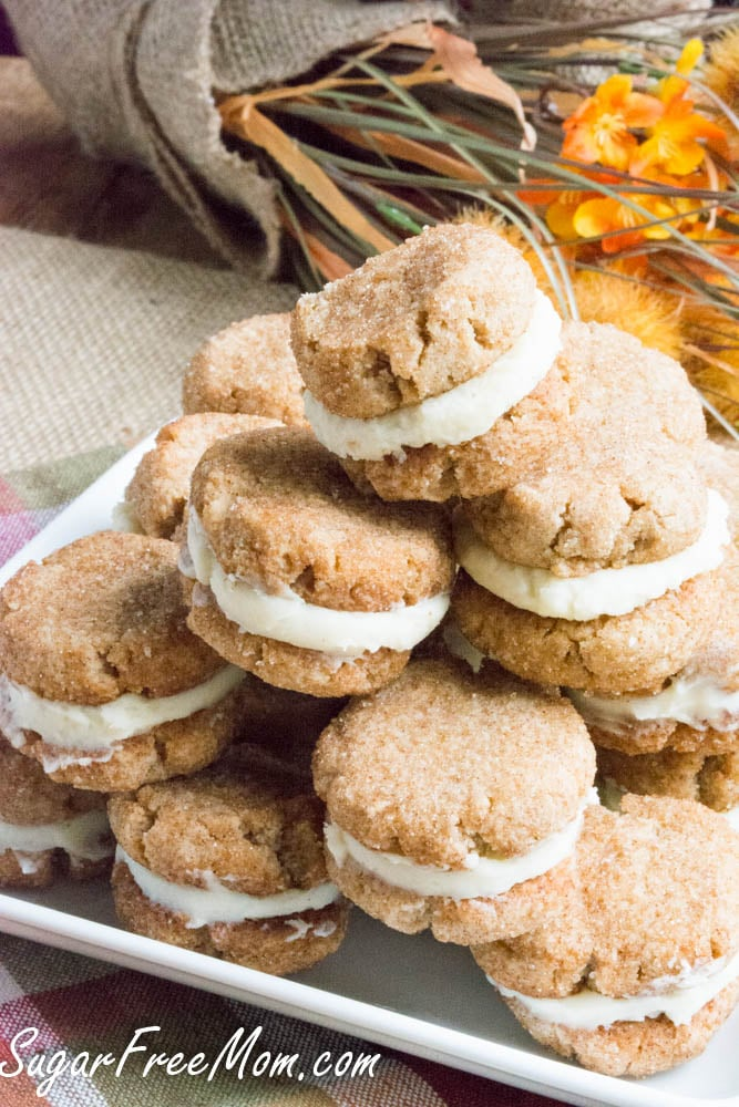 pile of snickerdoodles with creme filling