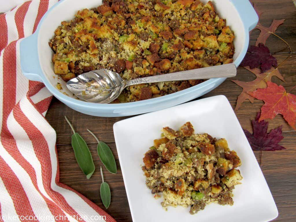 keto-thanksgiving-recipe-herbed-stuffing