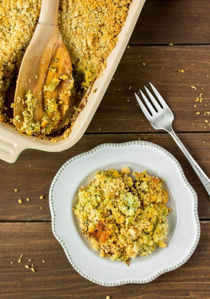 keto-thanksgiving-recipes-broccoli-casserole