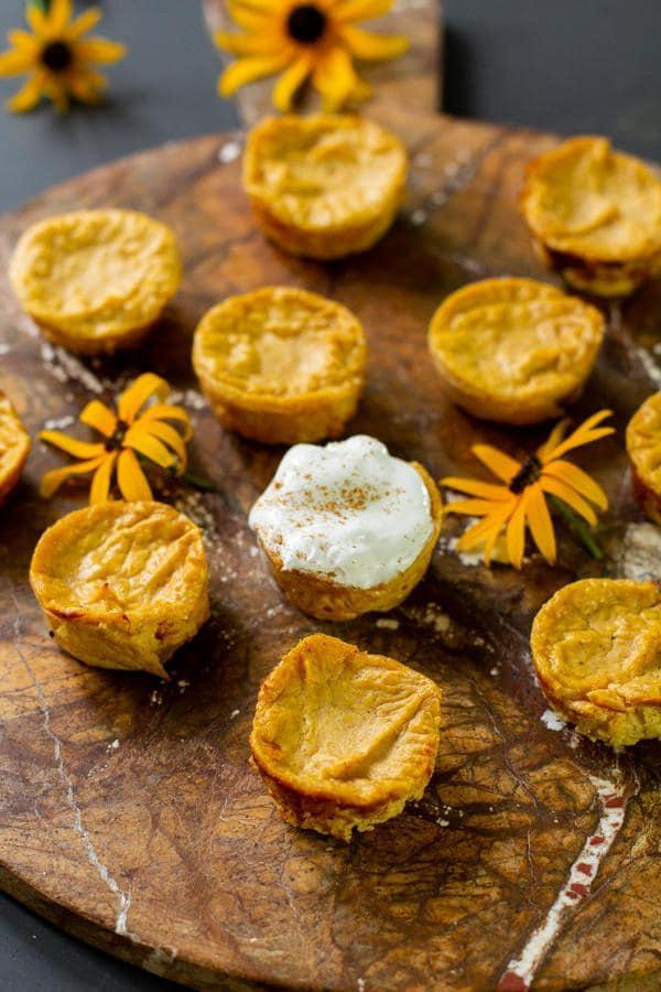 keto-thanksgiving-recipes-pumpkin-cheesecake