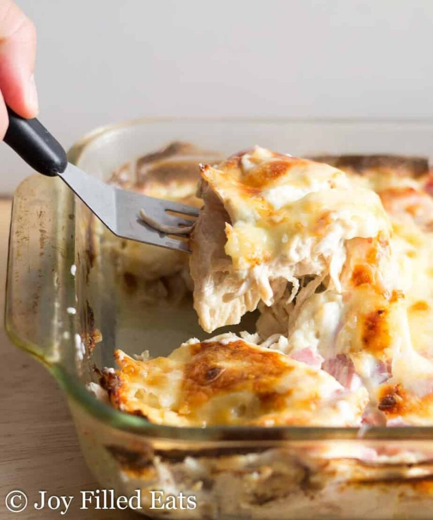low-carb-chicken-cordon-bleu-casserole