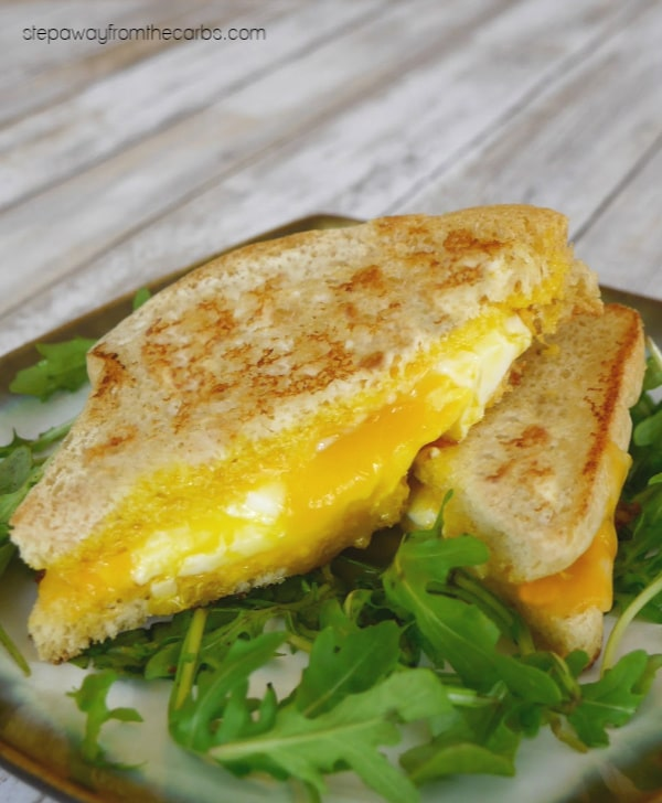 low-carb-grilled-cheese-and-egg