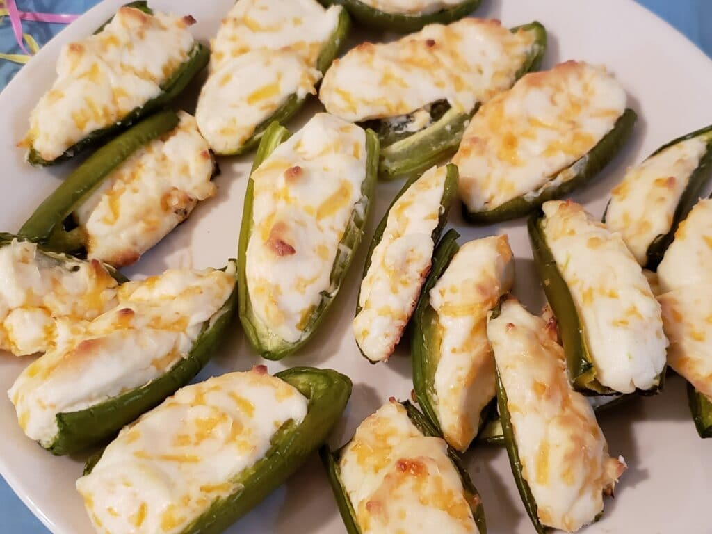 Low Carb Baked Jalapeño Poppers on a plate