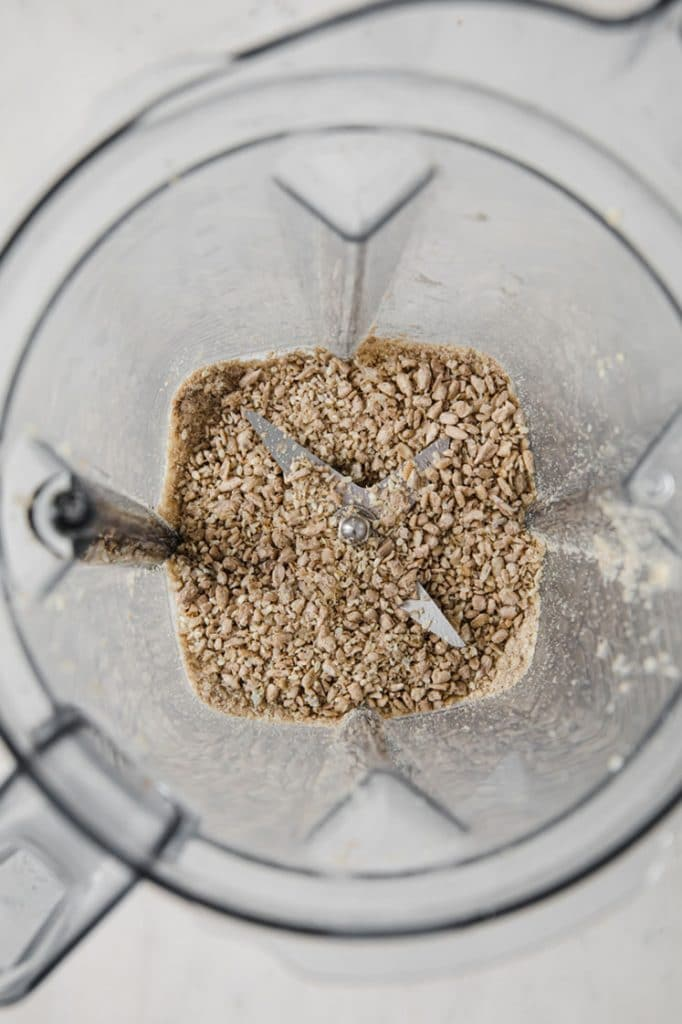 blender with sunflower seeds and sesame seeds