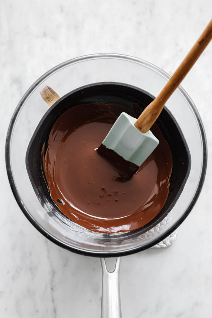 melted sugar-free dark chocolate melted by using the double boiler method.
